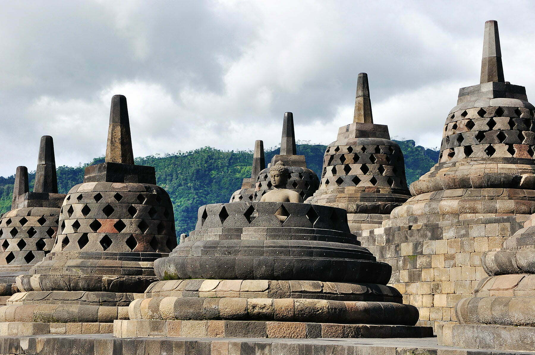 cover java temple borobudur