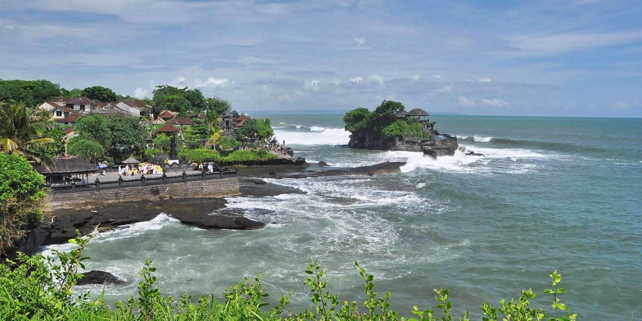 cover bali sud temple tanah lot