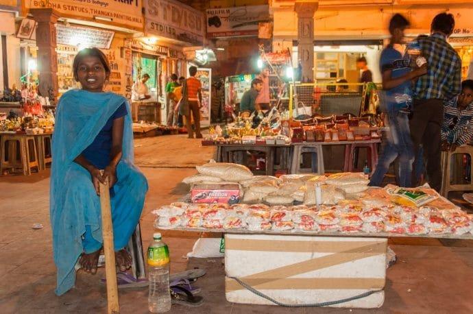 marché de nuit temple bodhgaya - inde