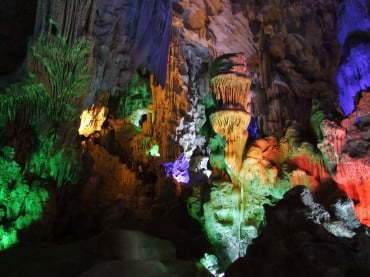 grotte baie d'halong