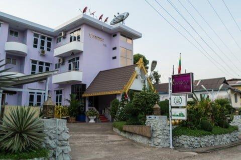 hotel cinderella mawlamyine birmanie