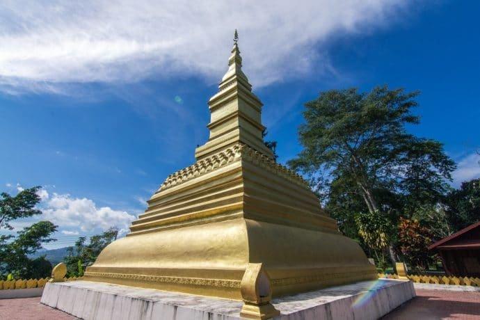 chedi temple Luang Namtha - Laos