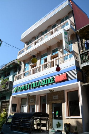 family-treasure-hotel-rangoun-birmanie