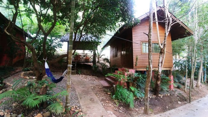 bungalow mae win guest house and resort