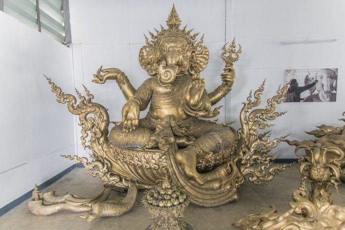 sculpture artiste chalermchai kositpipat