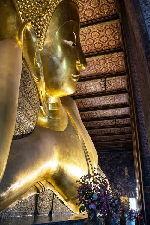 bouddha couche wat pho bangkok