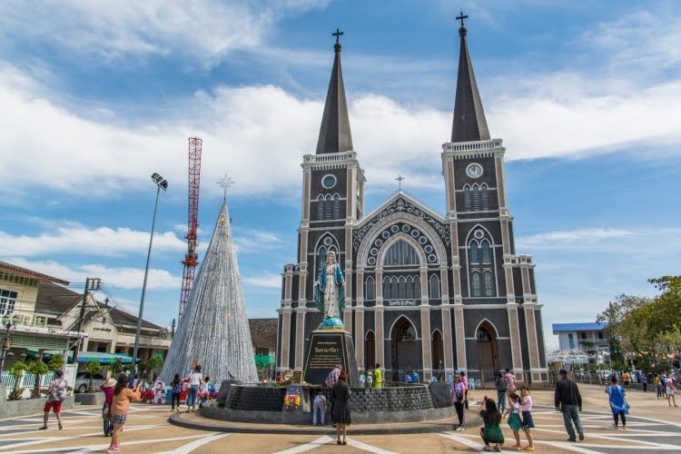 place cathedrale immaculee conception - chanthaburi - thailande