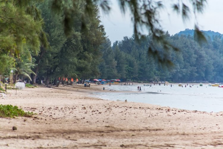sur plage chao lao - chanthaburi